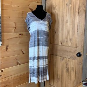 Gap gray and white stripe sleeveless maxi dress M